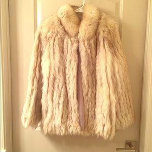 Stunning Silver Fox Vintage Fur Saga Fox Coat - SM
